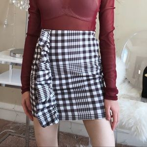 MISSGUIDED CHECKERED PLAID MINI SKIRT XS